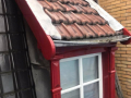 Huis in Amsterdam in de rode verf